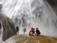 Caminando entre cascadas