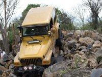 Llevando el vehiculo por todo terreno