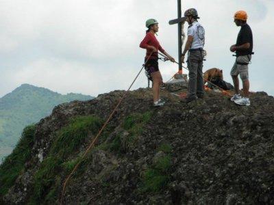 98 feet abseil in Peña de Atécuaro