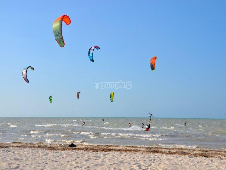 Live the kitesurf experience