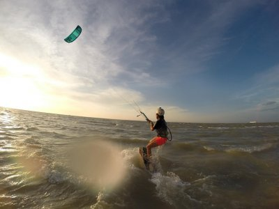 10h intensive kiteboarding course, private lessons