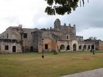 All included Chichen Itza tour + wine tasting