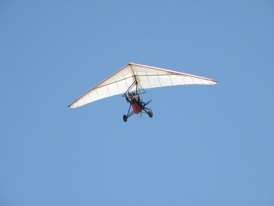 Ultralight acrobatic flight in Tequesquitengo