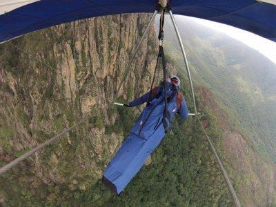 Hang-gliding Tandem Flight in Peñon del Valle