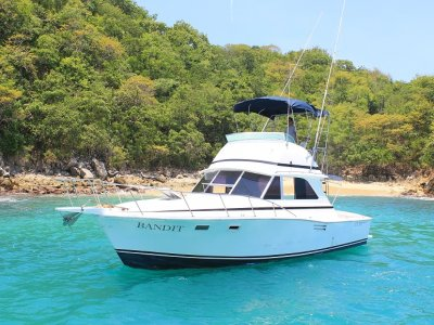 Fishing in Bandit Boat, 3 hours. Huatulco.