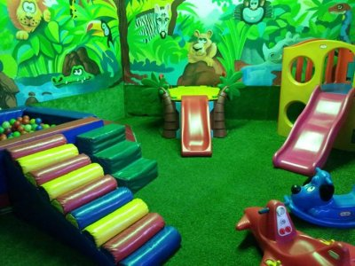 Friday kids party in La Napoles 5h