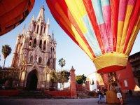 Volando en San Miguel de Allende