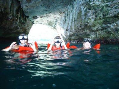Tour de snorkel de 3h30m en Los Arcos en barco