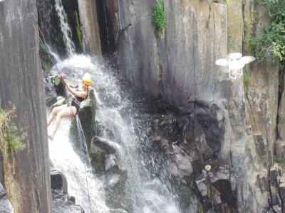Waterfall abseiling Aculco, 45 minutes, Querétaro