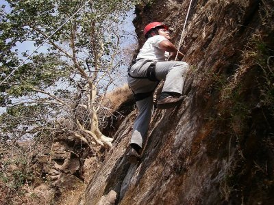 Escalada 20 metros en Parque de Aventura Malinalco