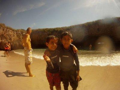 Tour a las Islas Marietas para niños 6 a 12 años
