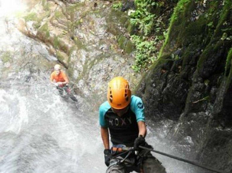 Rappel in the waterfalls