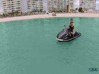 wave runner en cancun