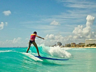 Private surf lessons, 2 hours, Cancún.
