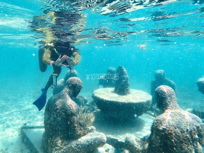 Finding treasures with snorkeling
