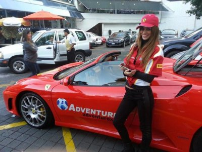 Maneja un Ferrari F430 o F360 en CDMX 30 minutos