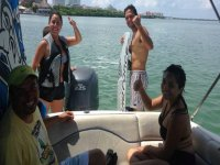 Oferta Paseo privado barco 6h,snorkel y wakeboard Canc�n