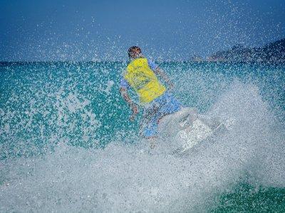 Renta de Moto de Agua 1 hora en Cancún