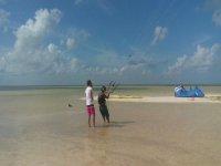Curso kitesurf de Cancún 1 hora