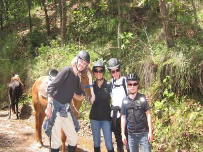 Horse ride and hike in Valle de Bravo