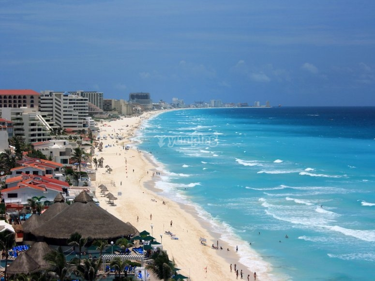 View of the beaches of Cancun