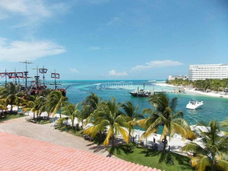 Views of Cancun from the helicopter