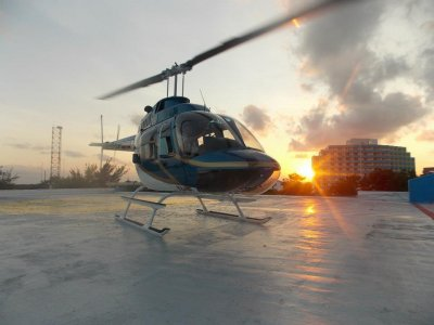 Helicopter ride to Tulum for 5 people + tour