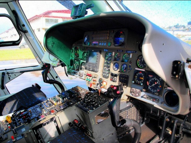 mandos de helicóptero