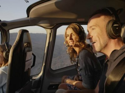 Romantic helicopter flight in Mexico City