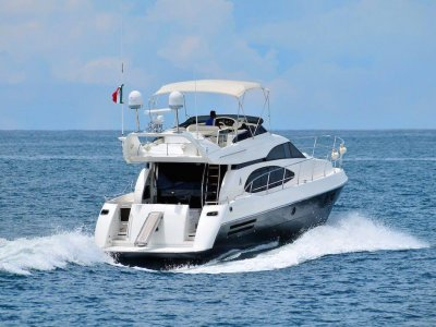 Azimut Yacht rental 6 hours in Puerto Vallarta