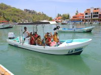 Boat trip, 5 hours. 10 people. Bahía Huatulco