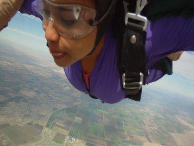Tandem jump parachute 1,100 feet San Carlos