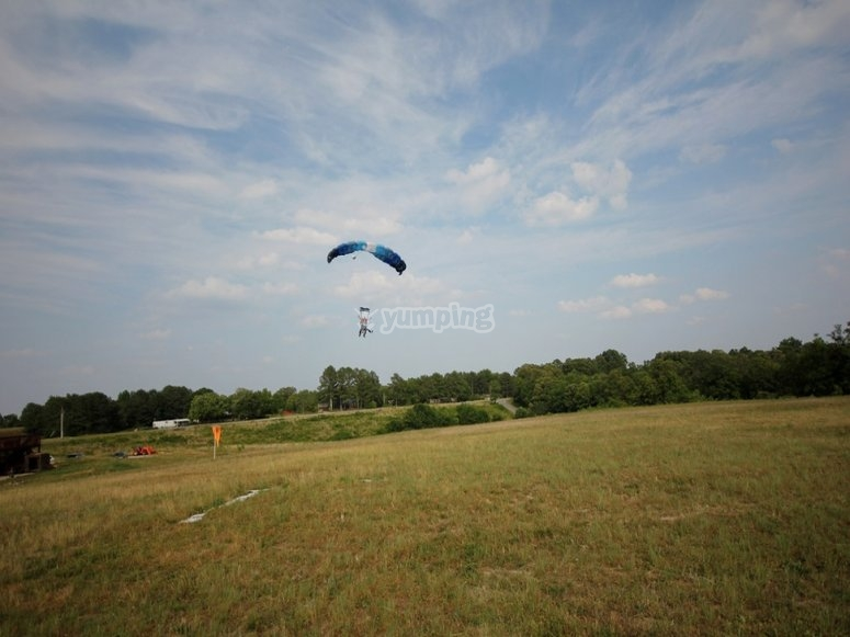 Landing with the parachute