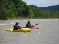 Go down a river in kayak