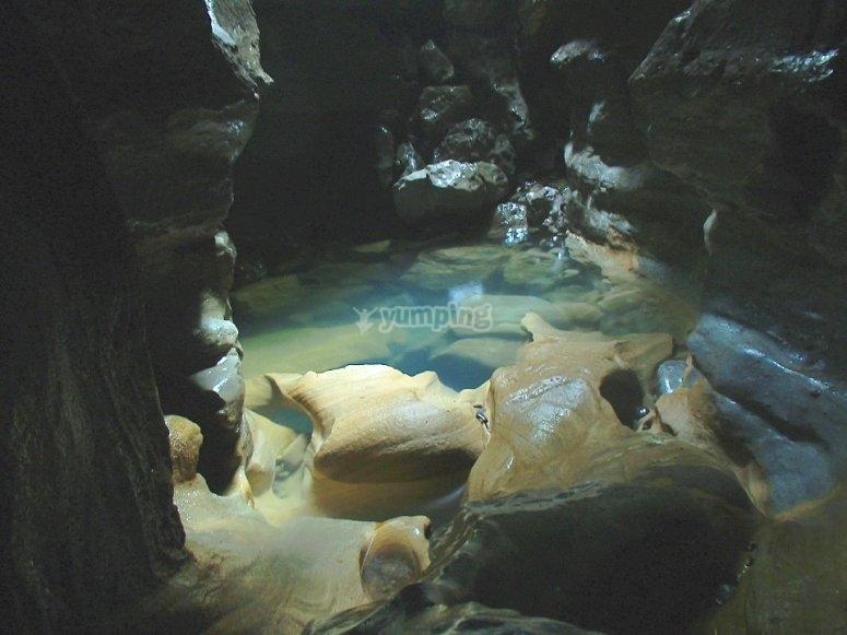 cuevas y grutas en cuetzalan