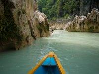 Tamul canoe