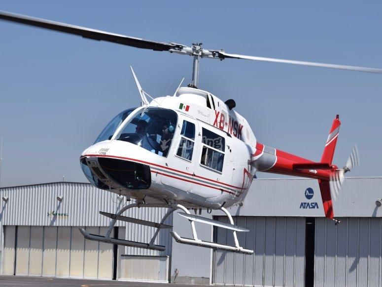 Helicoptero en vuelo