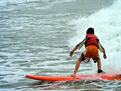 Winter Surf en playa Cerritos en Los Cabos