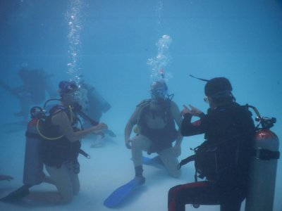 4h discovery scuba diving in Mexico city