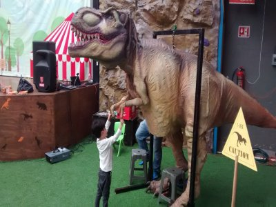 Party With Dinosaurs in Iztapalapa Show 1h