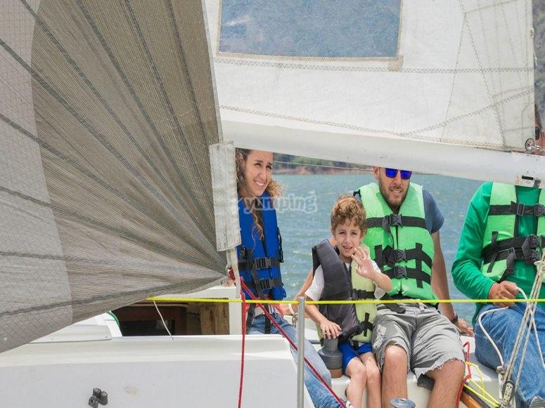Familia en el velero