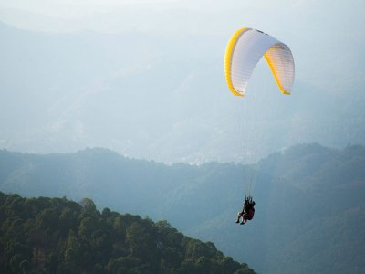 Sailboat, hiking and paragliding in Valle de Bravo