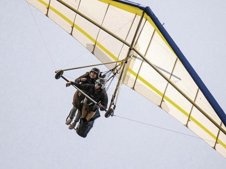 Tandem flight over Valle