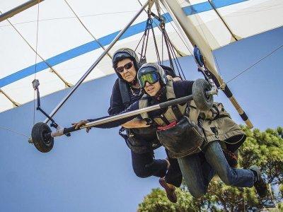 Basic hang-gliding flight at Valle de Bravo