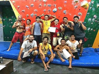 Climbing classes at Cancun