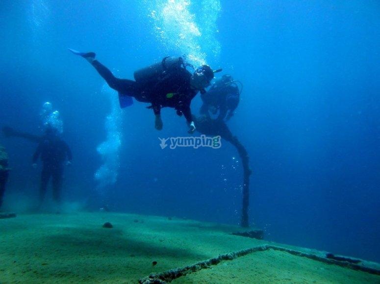 buceo en mar