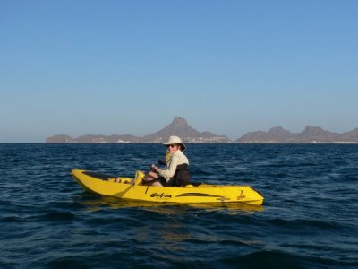 Rent a single seater kayak in Sonora