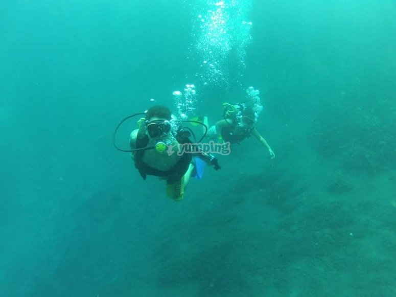 Diving with partner in the lagoon
