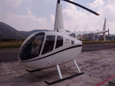 Robinsson helicopter flight in Mexico City