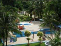 Area de piscinas del parque